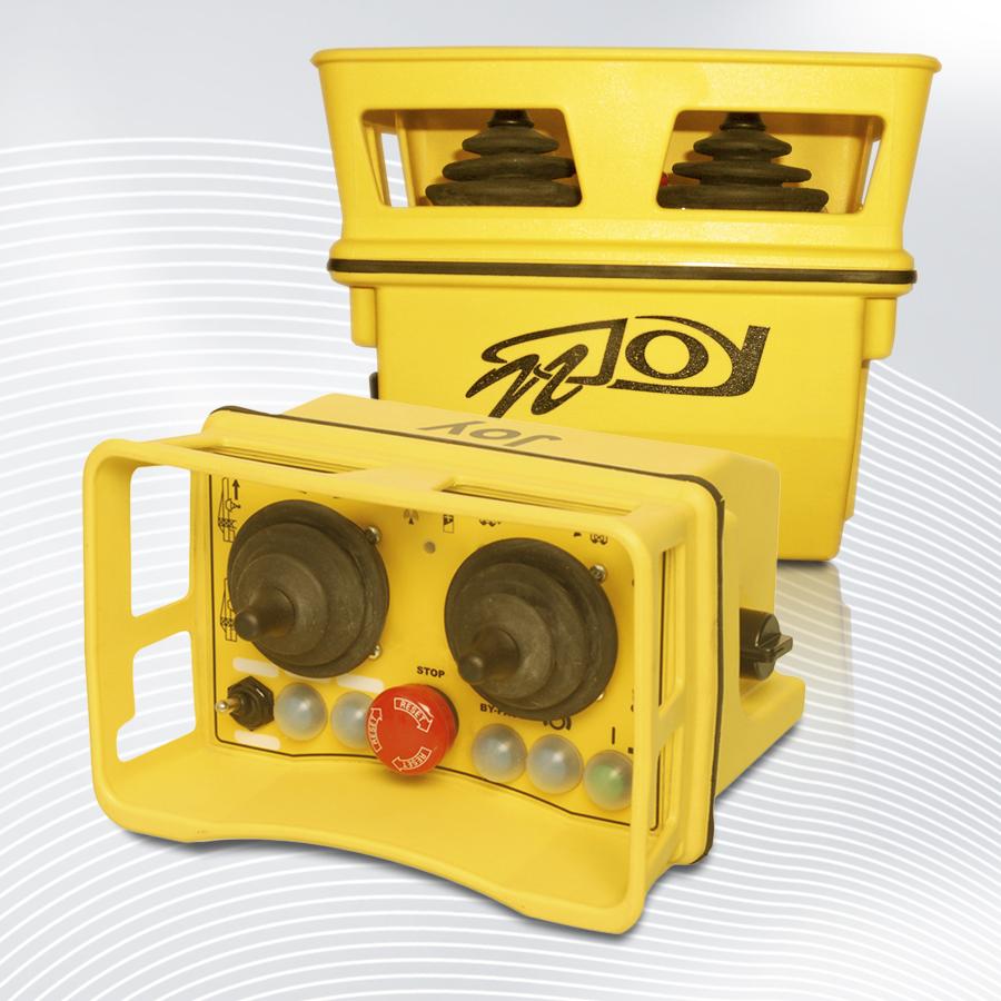 Funkfernsteuerung Industrie ✓ AC & DC ✓ 80 Meter Reichweite ✓ 1 oder 2 Geschwindigkeiten ✓ doppelte Auslegung der Steuerkanäle ✓ 6 Tasten & zwei Joysticks